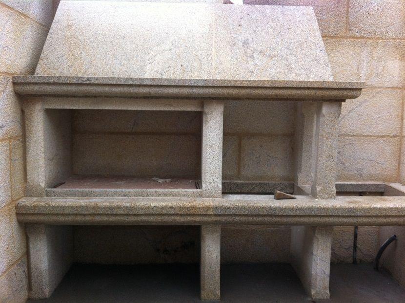 Chimenea barbacoa cocinas de piedra granito grupo pazos - Barbacoas de piedra natural ...