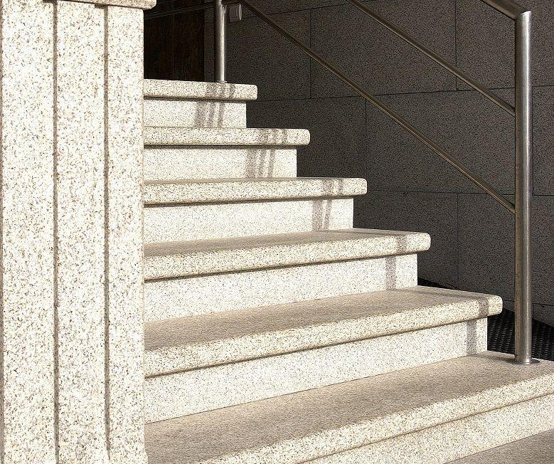 escaleras granito 4