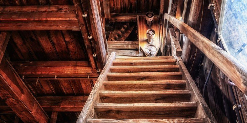 Escaleras de madera 2