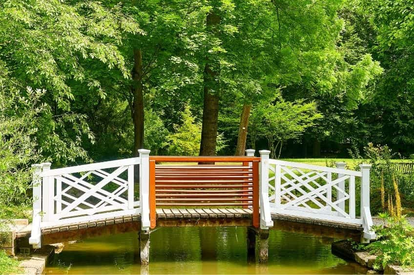 puentes-de-madera-para-jardín-Grupo Pazos